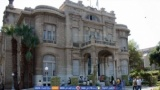 بالمستندات اتهام رئيس جامعة عين شمس وعميدة كلية الألسن بالنصب على طلاب الجامعة