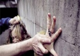 سوريات في لبنان يعشنّ جحيم ''العبودية الجنسية''