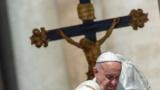 هذا ما قاله البابا فرنسيس عن إلارهابيين الانتحاريين